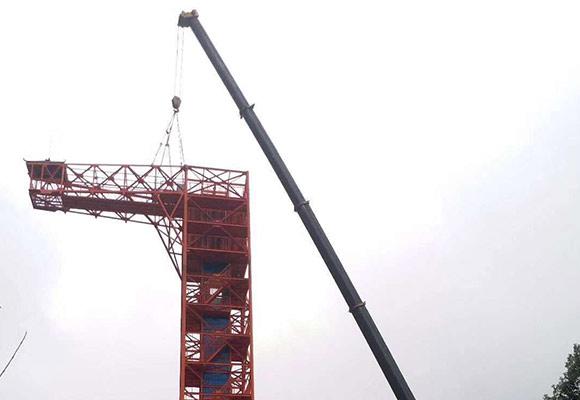 泸州花田酒地蹦极钢结构吊装